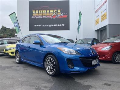Photo of Mazda Axela 20S Sports 2012